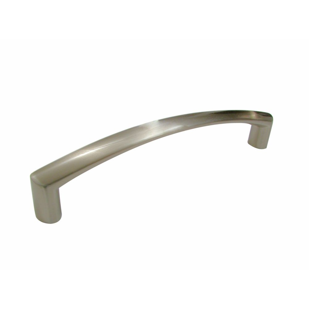 Richelieu Contemporary Metal Pull 5 1/32 in (128 mm) CtoC - Brushed Nickel  - Richmond Collection