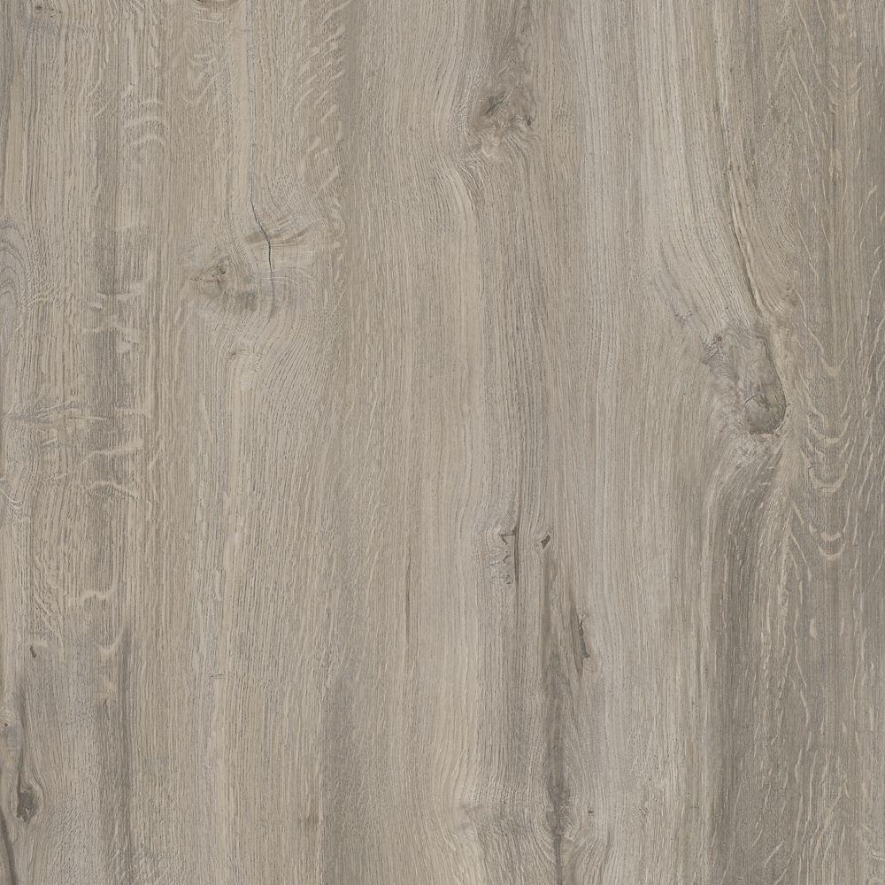 Couvre planche vinyle de luxe Allure IsoCore de 7,5 po x 47,6 po Chêne gris scié (19,8 pi²/bt)
