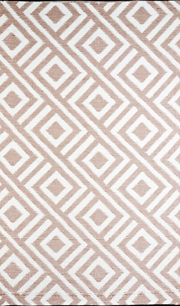 Malibu Beige/White 8 ft. x 20 ft. Designer Outdoor RV/Camping/Patio Reversible Area Rug