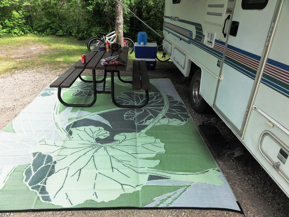 Blossom Green/Grey 8 ft. x 20 ft. Designer Outdoor RV/Camping/Patio Reversible Area Rug