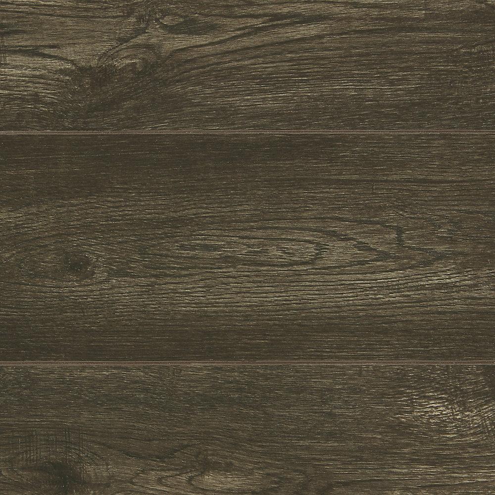 Plancher, stratifié, 12 mm x longueurs et largeurs variées, Chêne Tomlinson, 33,43 pi2/boîte