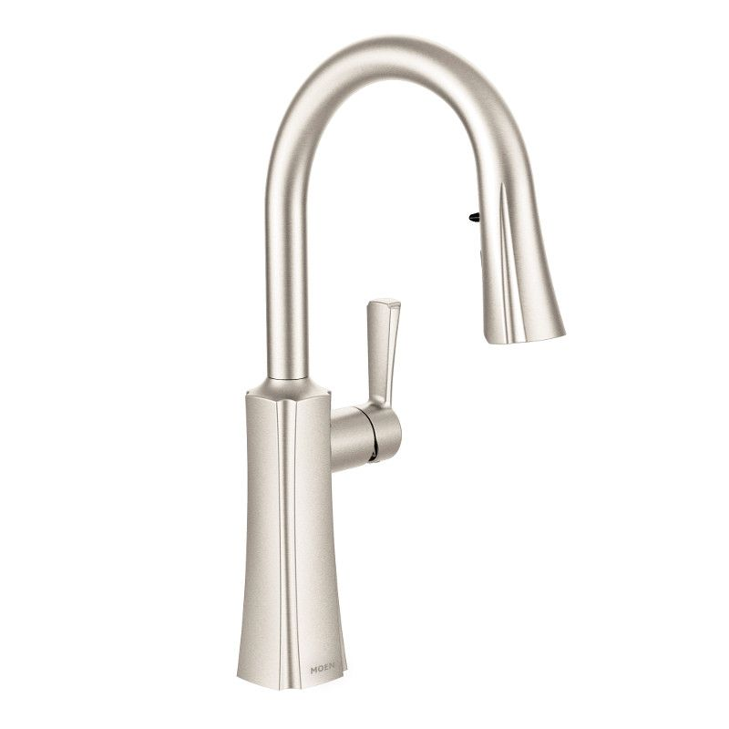 Moen Etch Single-Handle High Arc Pulldown Kitchen Faucet In Spot Resist Stainless