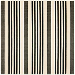 Safavieh Courtyard Frigg Black / Ivory 5 ft. 3 inch x 5 ft. 3 inch Indoor/Outdoor Square Area Rug
