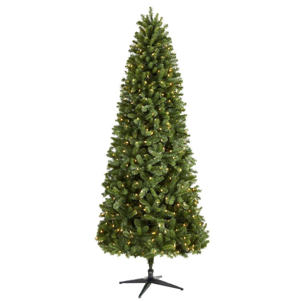 Grand Christmas Tree: Photo Of Product