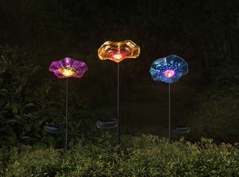 Set Of 3 27 Inch Flower Garden Stakes With Solar LED