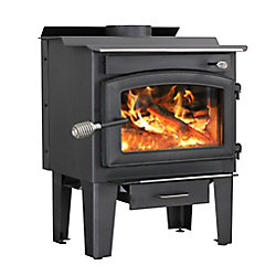 Vogelzang 65 000 BTU Small Wood-Burning Stove with Blower (1,200 sq.ft.)