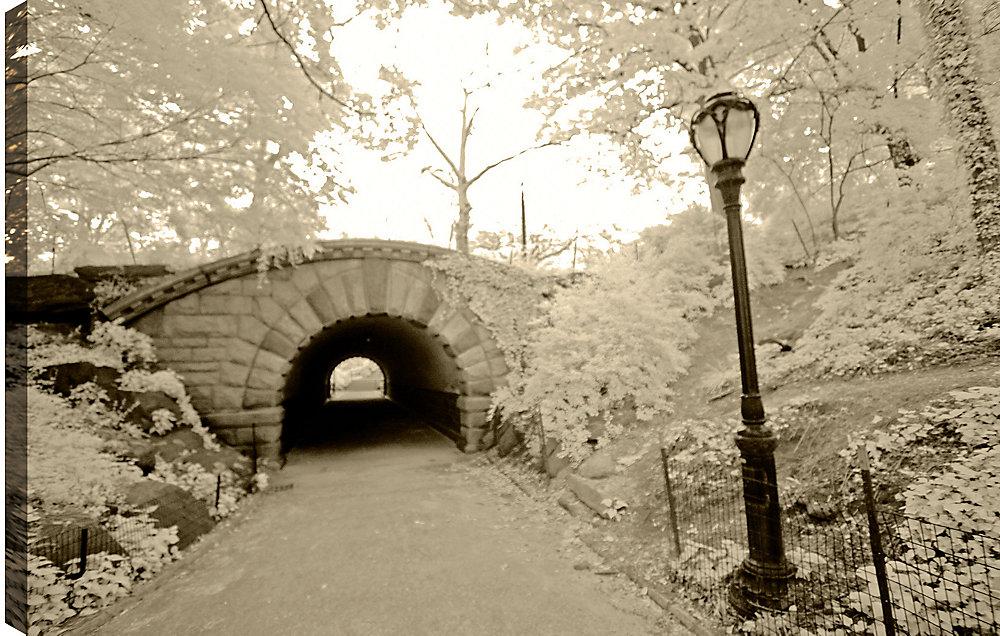 """Passer sous le pont """"tirage photographique sur toile enveloppé"""