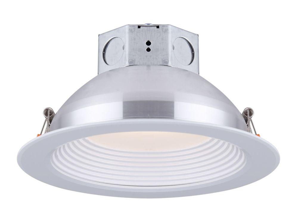 Canarm Ltd  Encastré rond a l'éclairage vers le bas au DEL 6 pouces déflecteur étagé blanc