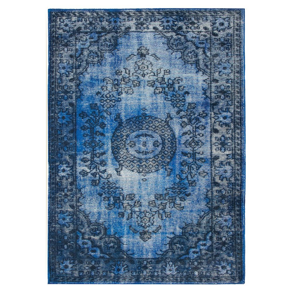 Istanbul Blue 5 ft. 2-inch x 7 ft. 6-inch Indoor Traditional Rectangular Area Rug