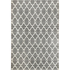 Silky Grey 5 ft. 2-inch x 7 ft. 6-inch Indoor Traditional Rectangular Area Rug