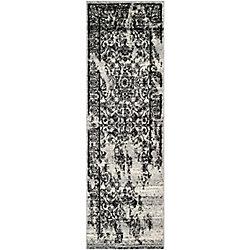 Safavieh Adirondack Alexa Silver / Black 2 ft. 6 inch x 8 ft. Indoor Runner