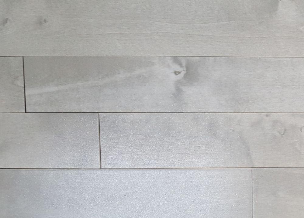 CDN Birch Muskoka Moonlight Grey ¾-inch T x 3¼-inch Wx Varying Length Solid Hardwood(20 sq.ft./case)