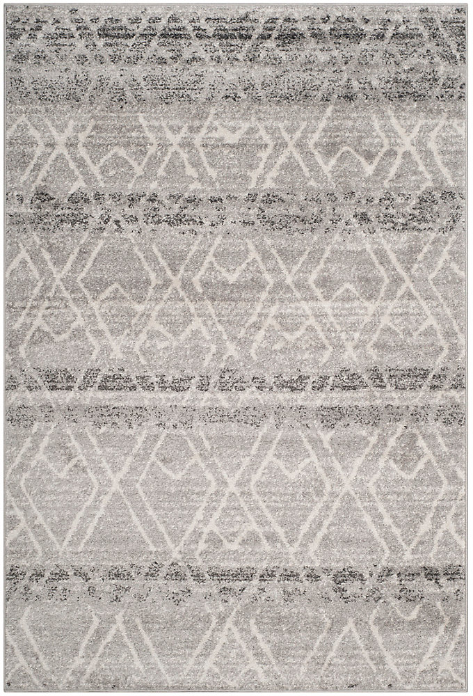 Adirondack Elfrid Silver / Ivory 5 ft. 1 inch x 7 ft. 6 inch Indoor Area Rug