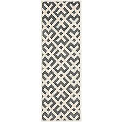 Safavieh Chatham Oakly Dark Grey / Ivory 2 ft. 3 inch x 7 ft. Indoor Runner