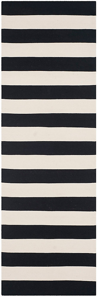 Montauk Keith Black / Ivory 2 ft. 3 inch x 9 ft. Indoor Runner