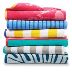 Home Decorators Collection 3.25 pi. 39 po x 5.75 pi. Serviette de plage de velours de 69 pouces - couleurs assorties