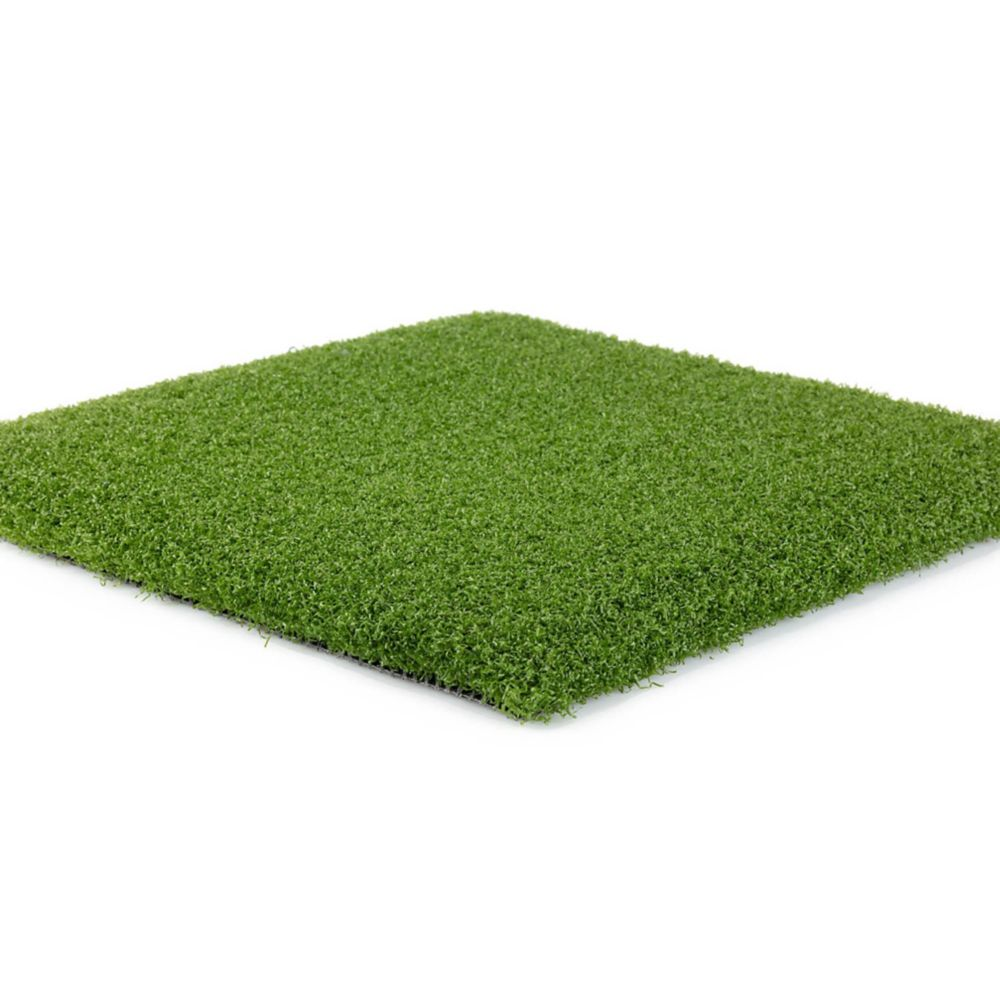 Classic Pro 82 is the top-of-the-line artificial grass Classic Pro 82 is the top-of-the-line artificial grass with a deep pile luxuriously tufted and low-sheen U fiber blades. Great turf starts with quality blades (yarn) and backing.