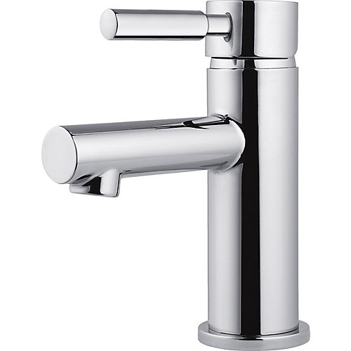 Struct Single-Handle Lavatory Faucet in Chrome