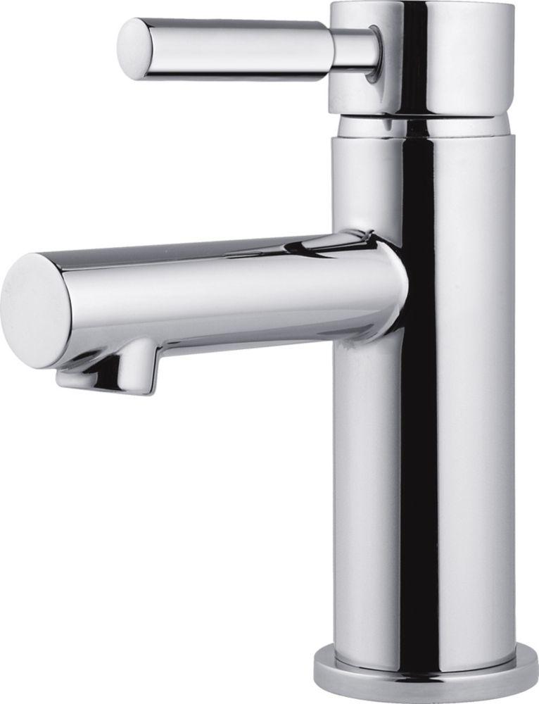Delta Struct Single-Handle Lavatory Faucet in Chrome
