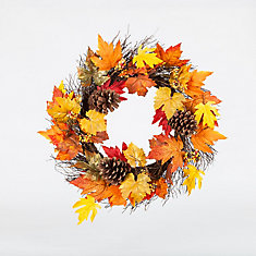 22-inch Maple Leaf and Pinecone Wreath