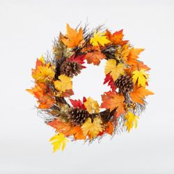 HAR 22-inch Maple Leaf and Pinecone Wreath