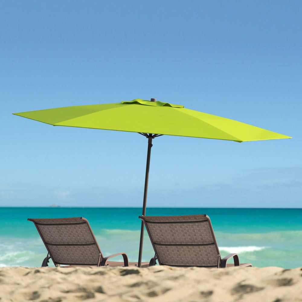 corliving parasol de patio plage r sistant aux rayons uv et au vent vert home depot canada. Black Bedroom Furniture Sets. Home Design Ideas