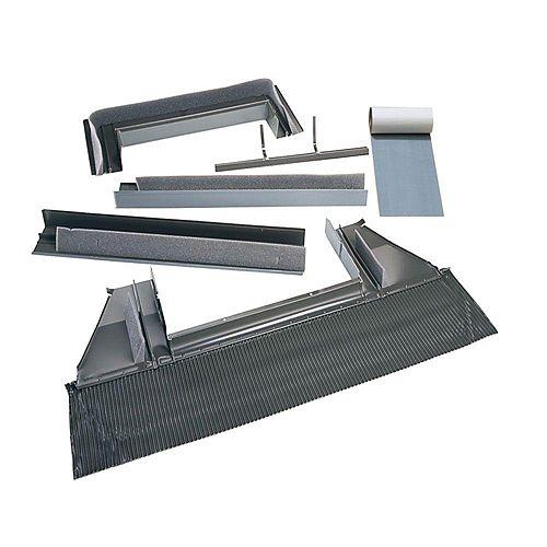 VELUX Solin toiture relief élevé - puits de lumière à monter sur cadre - cadre extérieur: 25 1/2 po large