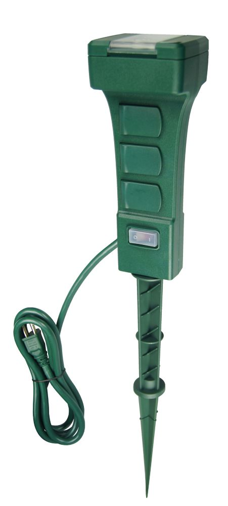 Outdoor 6 Grounded Outlets Timer Stake