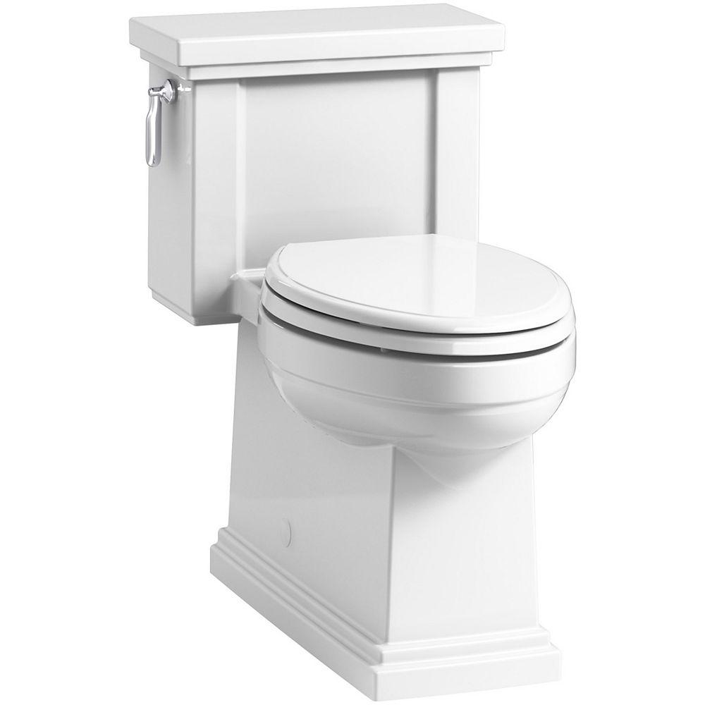 Kohler Tresham 1 Piece 1 28 Gpf Single Flush Elongated Toilet In White The Home Depot Canada