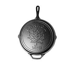 Lodge Poêle en fonte de 12 po de la série Canadiana avec scène Maple Leaf - Édition limitée