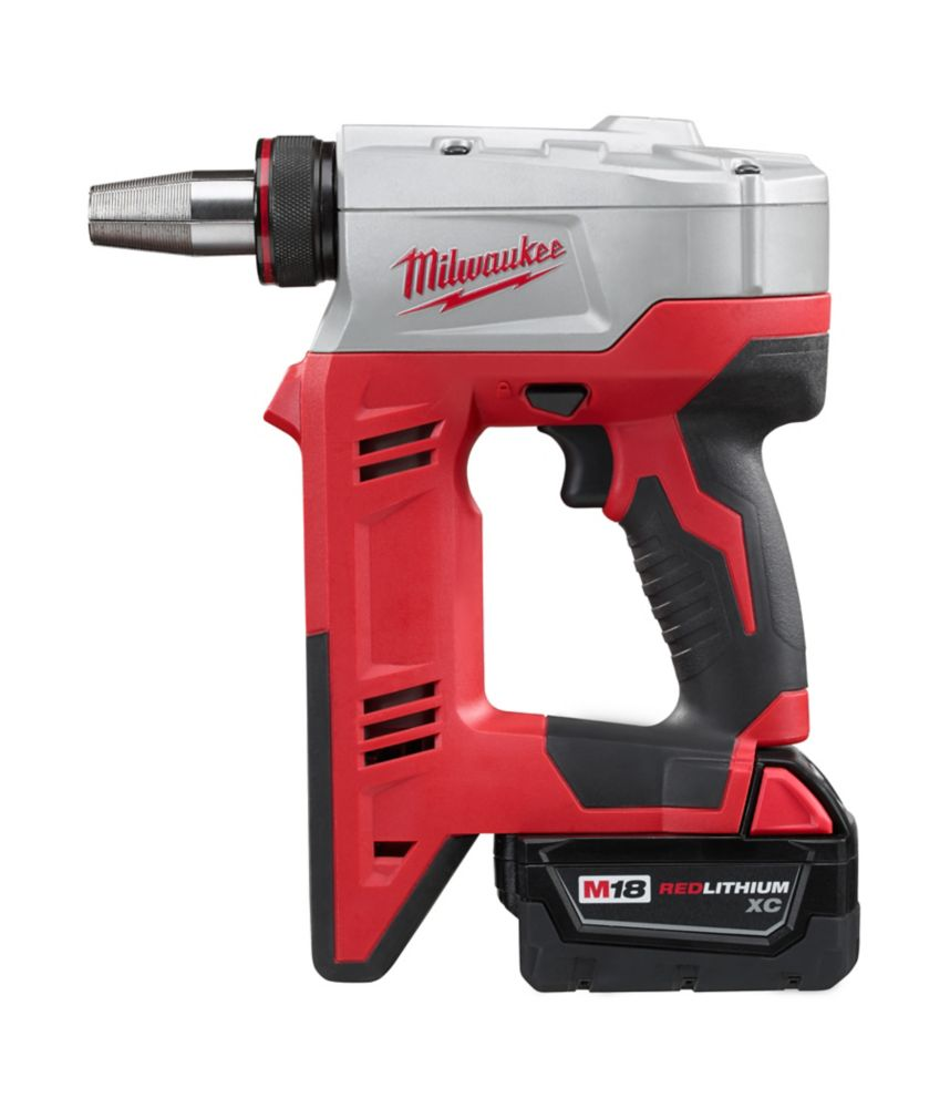 Milwaukee Tool M18 18-Volt Lithium-Ion Cordless 3/8 in.- 1-1/2 in. ProPEX Expansion Tool Kit W/ (2) 3.0Ah Batteries