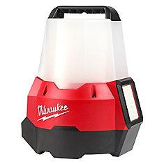 M18 Lampe de chantier portable compacte sans fil M18 à DEL, 18 V, rayon de 2200 lumens, à rayon de lumière de 18 V, avec mode inondation (pour outils seulement)
