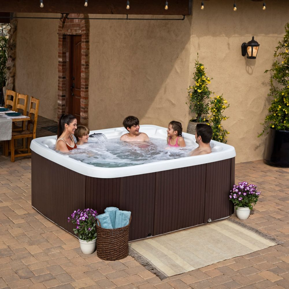 Lifesmart Spas LS600DX 7-Person 65-Jet Spa with Heater and Ozone Water Care