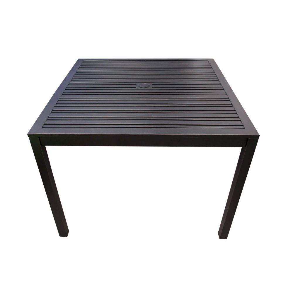 Table carrée 40 po pour salle à dîner