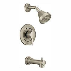 Alignez le kit de garniture de baignoire et de robinet de douche Posi-Temp à poignée unique en nickel brossé (valve vendue séparément).