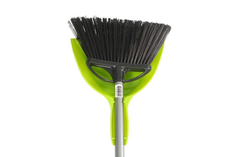 Globe Commercial Products 10 inch Angle Broom With 9 inch E-Z Clean Dustpan  Combo