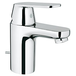 GROHE Eurosmart Cosmopolitan Single Hole Single-Handle Low-Arc Bathroom Faucet in StarLight Chrome