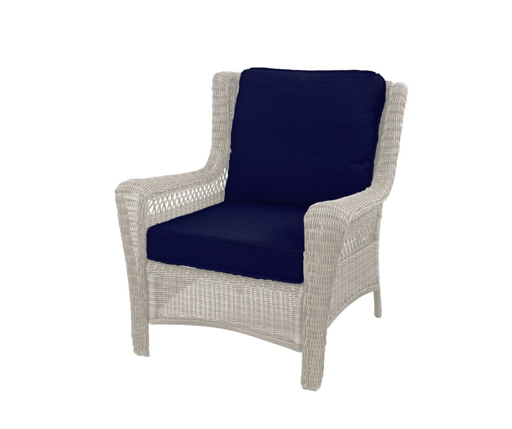 Hampton Bay Park Meadows Off-White Stationary Wicker Outdoor Patio Lounge Chair with Midnight Cushion