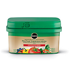 Water Soluble Tomato, Fruit & Vegetable Plant Food 18-18-21