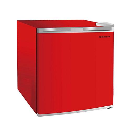 1.6 cu.ft. compact Mini Fridge - Red