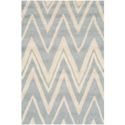 Safavieh Cambridge Chenny Blue / Ivory 2 ft. 6-inch x 4 ft. Indoor Area Rug