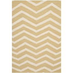 Safavieh Cambridge Chelky Light Gold / Ivory 4 ft. x 6 ft. Indoor Area Rug