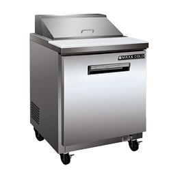 Maxx Cold X-Series 29 inch Commercial Sandwich and Salad Prep Table