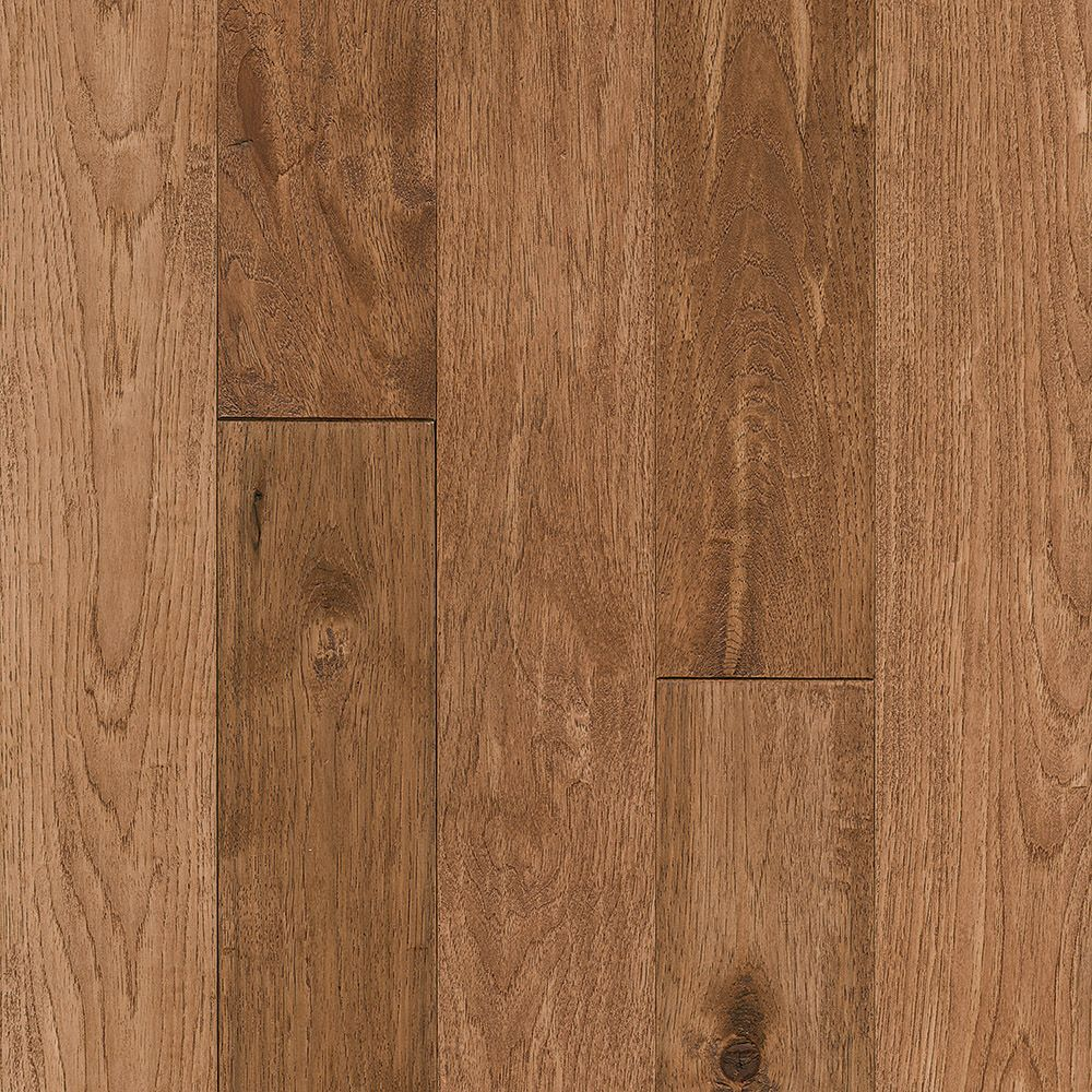 Bruce Hickory Rich Doeskin 3/4-inch T x 5-inch W x Varying L Solid Hardwood Flooring (23.5 sq.ft./ case)