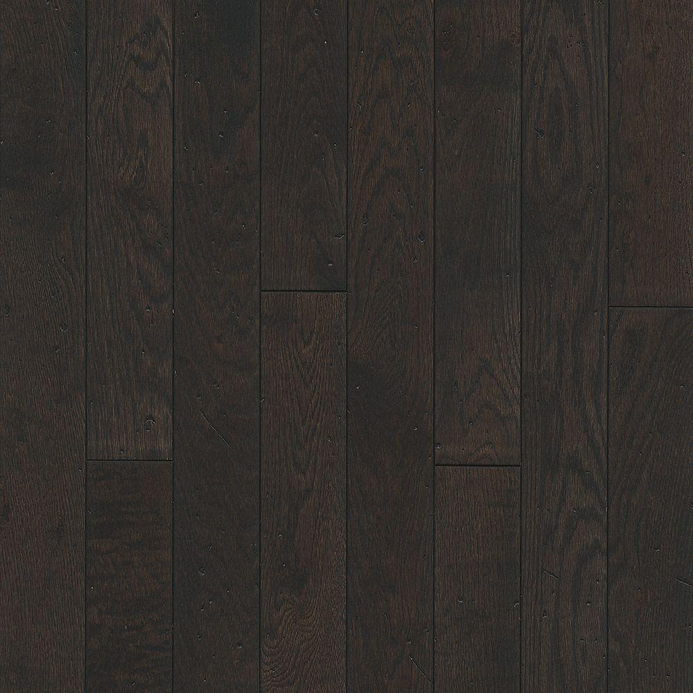 Bruce Oak Hawk Valley 3/4-inch T x 3-1/4-inch W x Varying L Solid Hardwood Flooring (22 sq. ft./case)