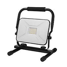 Lampe de travail portable enfichable à DEL intégrée de 30 Watts, 2100 Lumens, noir
