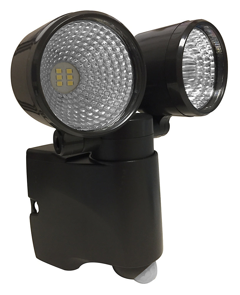 Acclaim Led Dual Head Battery Operated Bronze Bright
