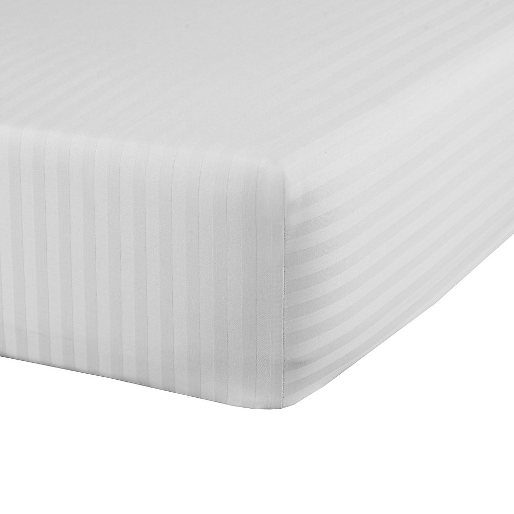 SilverClear 250 Thread Count Dobby Stripe Fitted Sheet