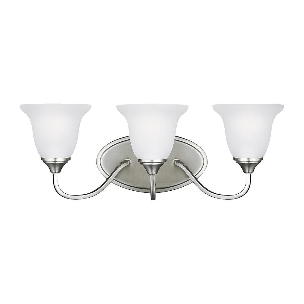 Lumière Clement fixée au mur à trois ampoules avec abat-jour blanc, Fini argent