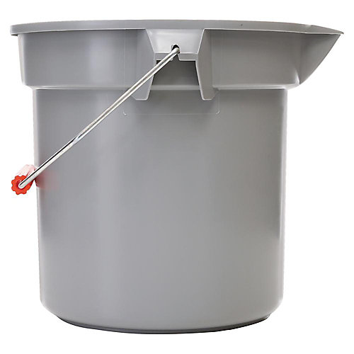 Rubbermaid Commercial Products Brute Bucket